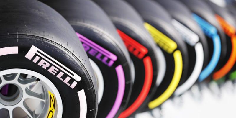 Řešení Pirelli pro testy: Jak třemi barvami označit pět směsí?