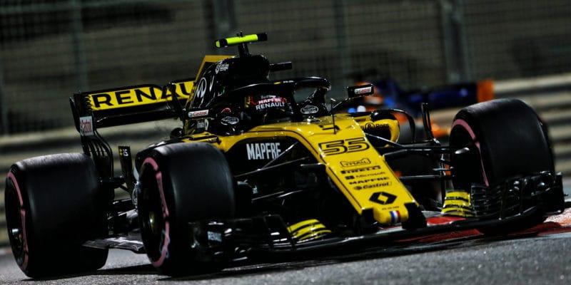 Radikální vývoj Renaultu: Z loňského vozu zbyl posilovač