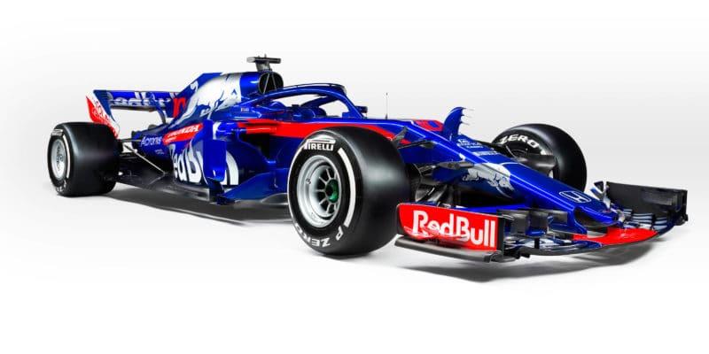 Toro Rosso jde s novým vozem do čela kalendáře prezentací