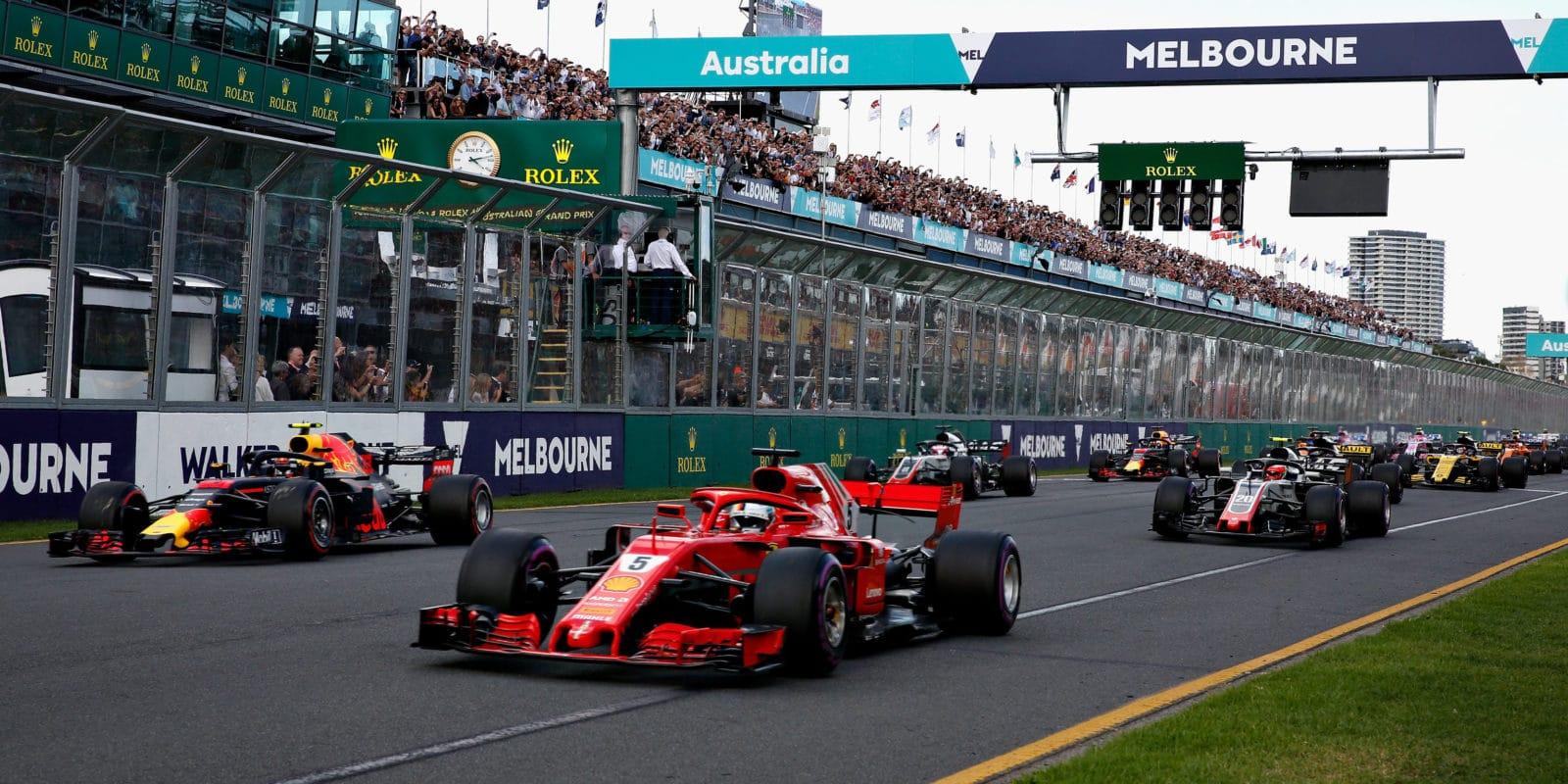 F1 využívá simulace také přizvažování změny podoby roštu