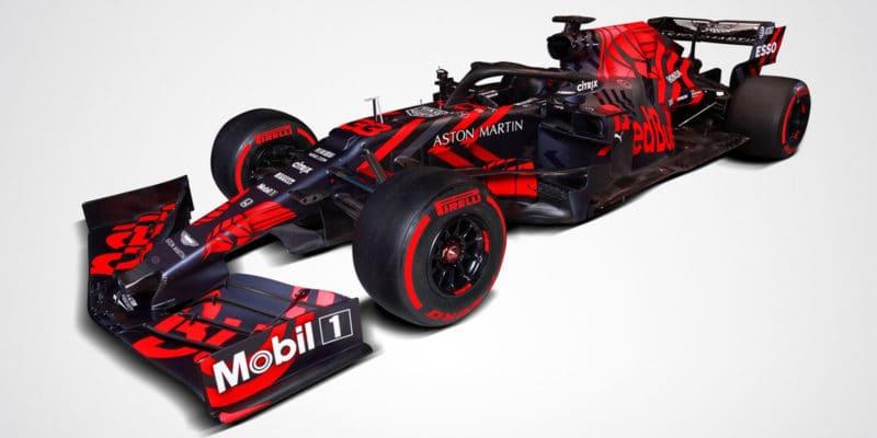 Red Bull ukázal speciální zbarvení RB15