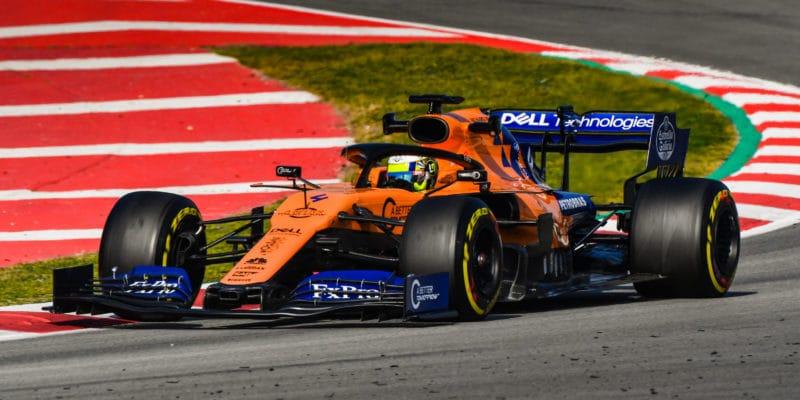McLaren chce snížit ztrátu naprvní tři týmy opolovinu