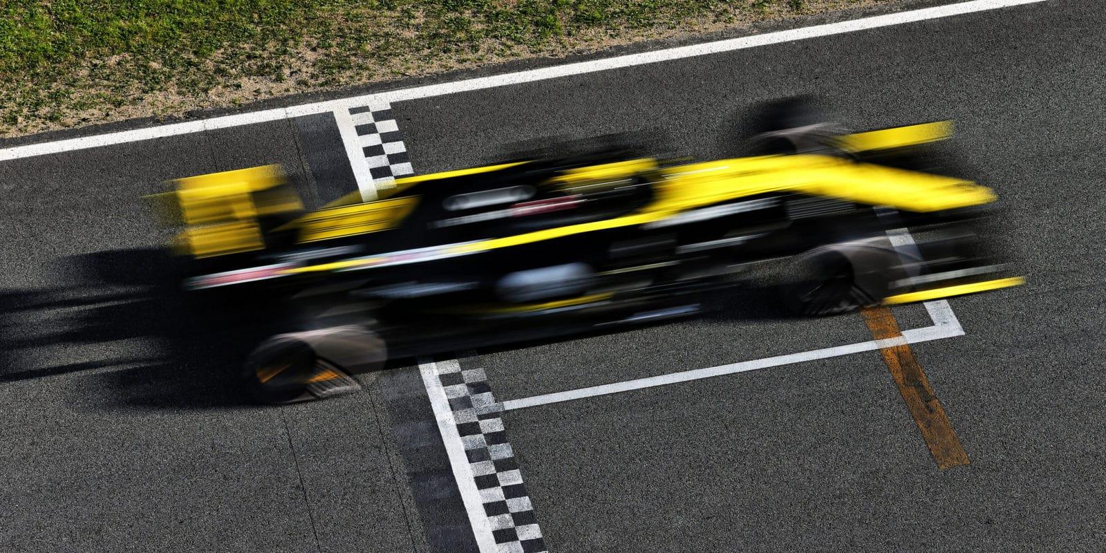 Renault vyřešil problém s DRS, systém znovu používá