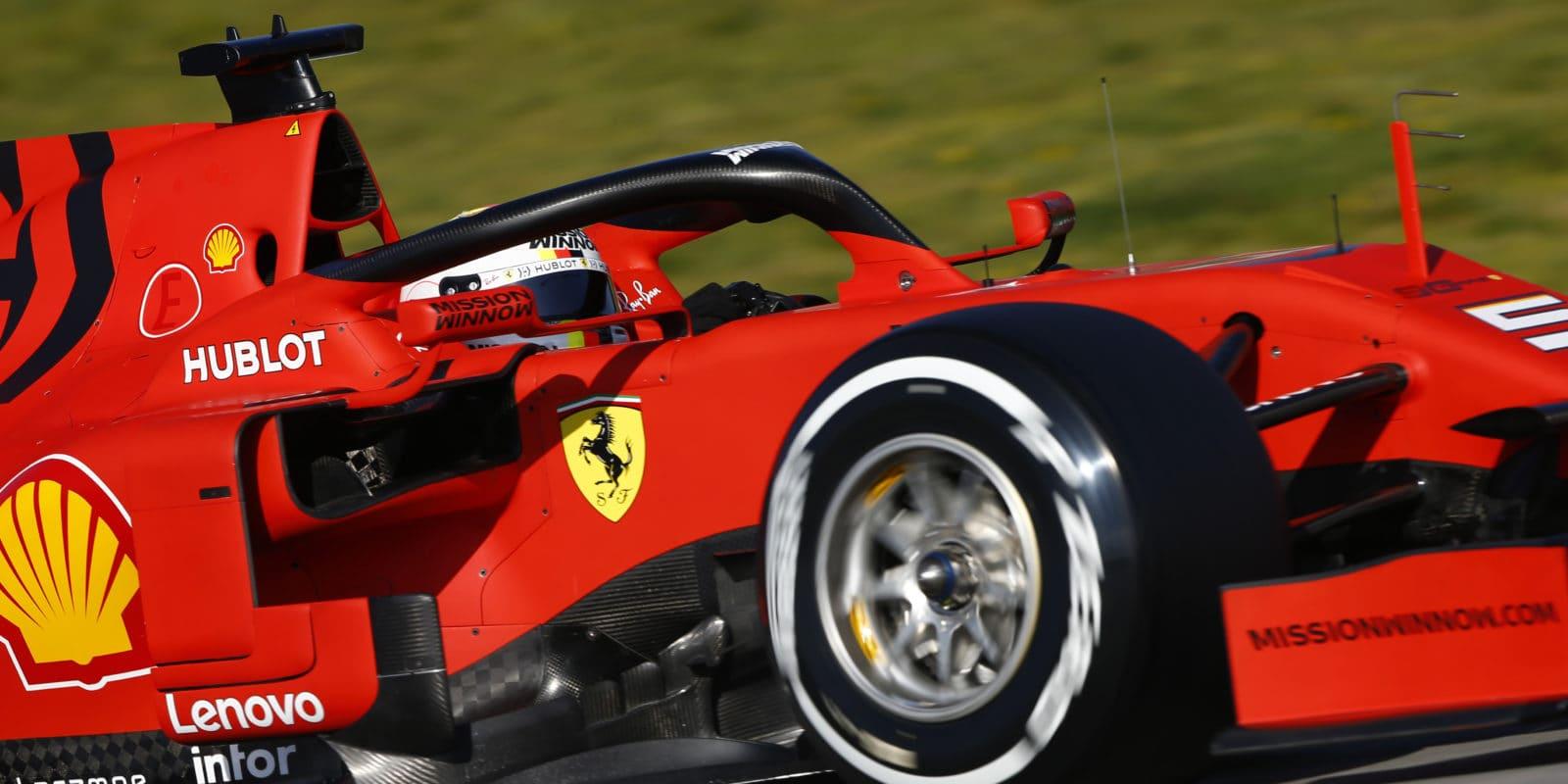 Předsezónní testy zahájil nejrychlejším časem Vettel