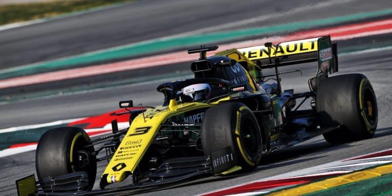 V Barceloně nazávěr prvního týdne nejrychlejší Renault, Williams tápe