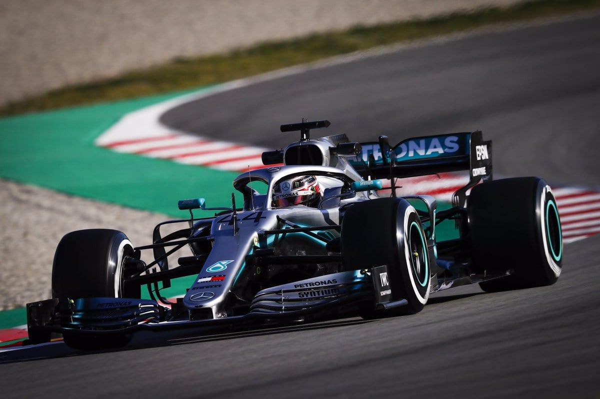 Nečekejte od Leclerca příliš, varuje Hamilton