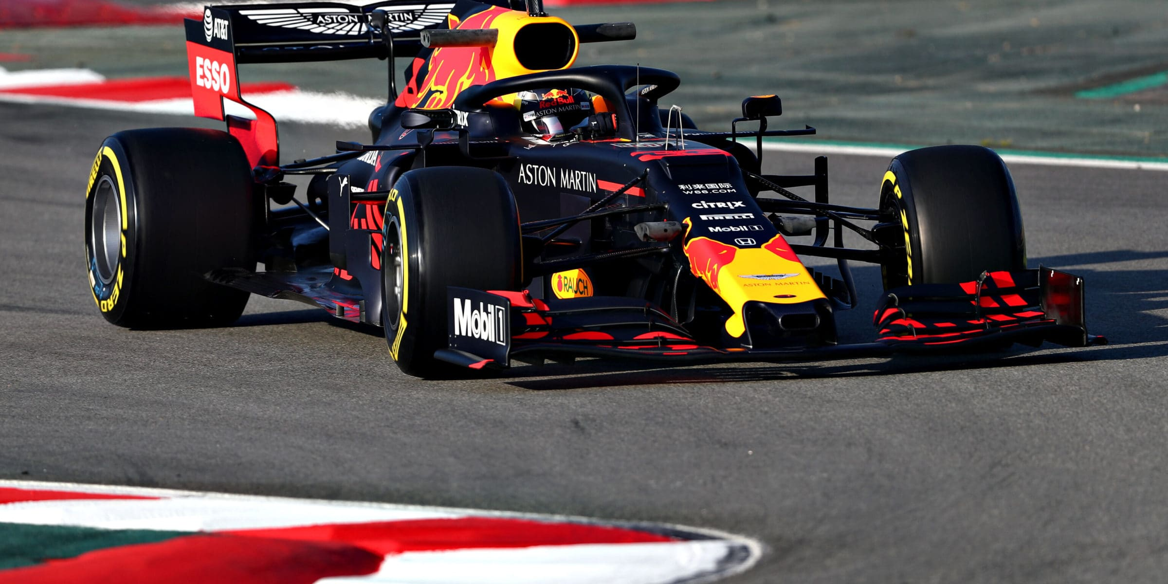 red_bull_test_barcelona_2019
