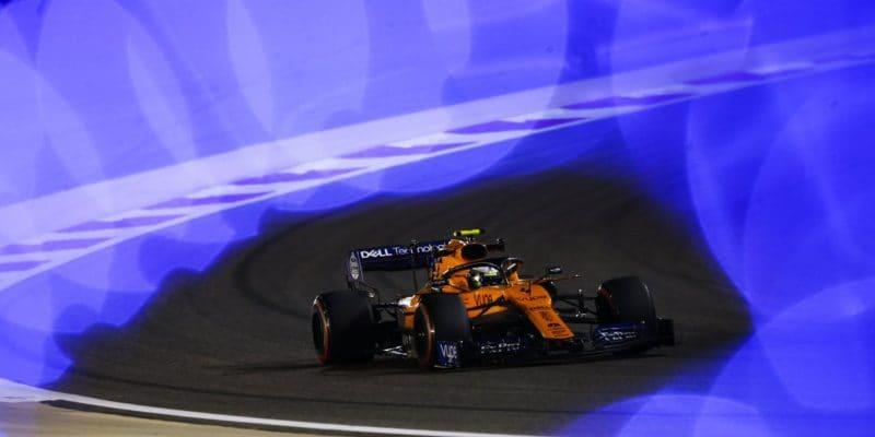 McLaren seprobojoval soběma vozy do třetí části