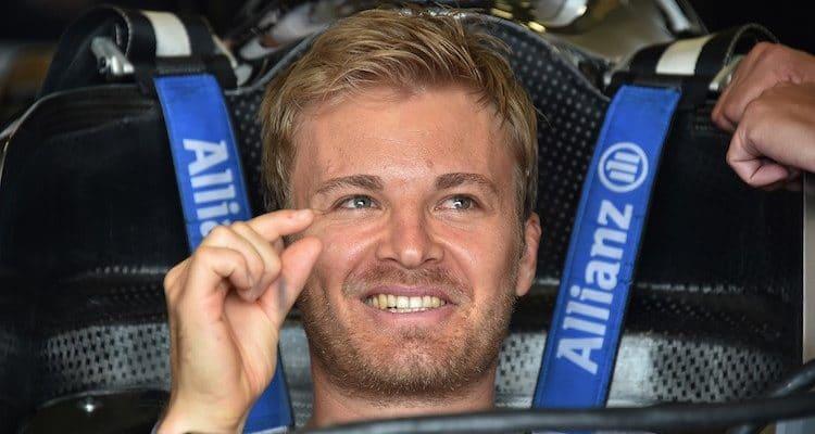 Ferrari je předMercedesem, tvrdí Rosberg