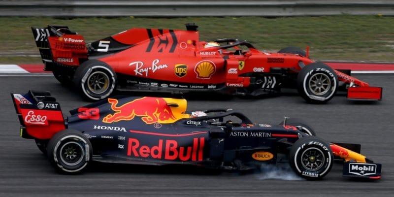 Horner popírá, že je podezíravý ohledně paliva Ferrari