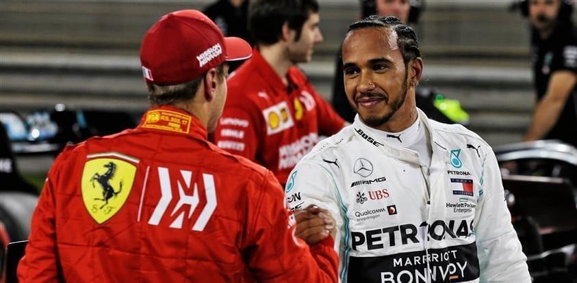 Je jasné, že Hamilton je jeden z nejlepších, říká Vettel