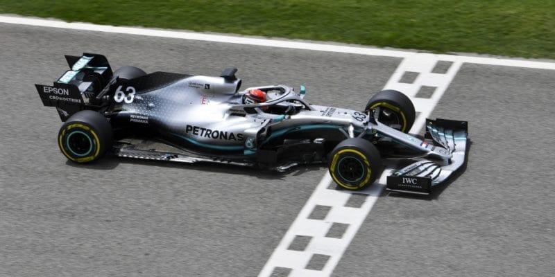 Testování pro Mercedes pomůže i Williamsu, řekl Russell