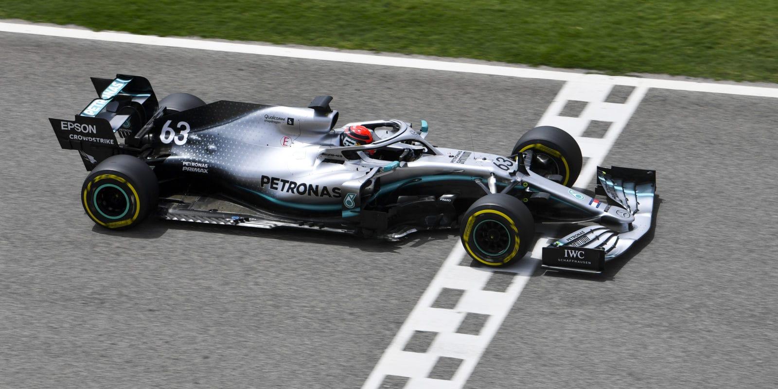 Testy v Bahrajnu: Russell v Mercedesu ochutnal opačný konec výsledků