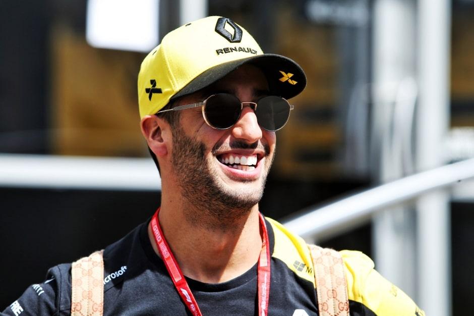 """Ricciardo cítí, že si zvykl na """"návyky"""" v Renaultu"""