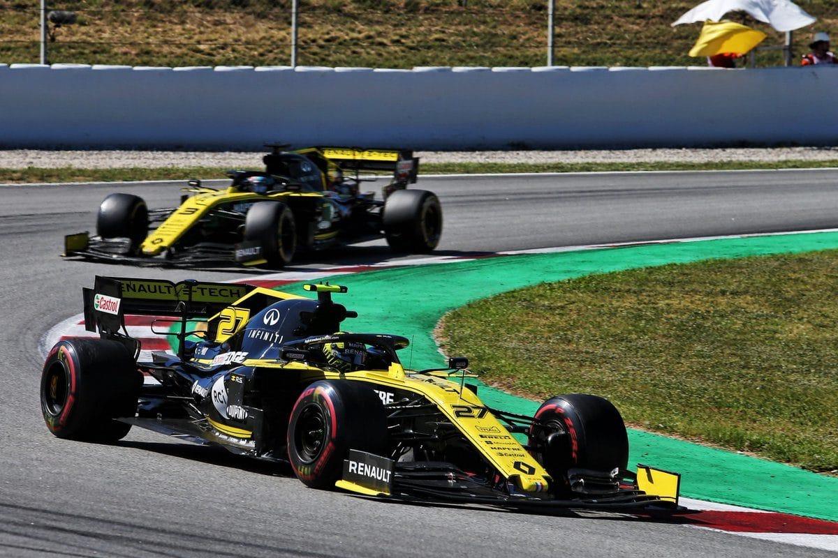 Renault je se stávajícím motorem spokojen
