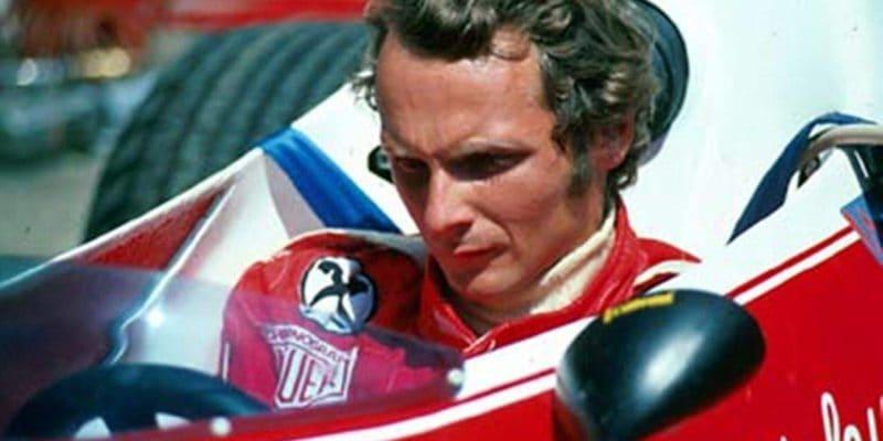 Niki Lauda je nenahraditelný vMercedesu, říká Toto Wolff