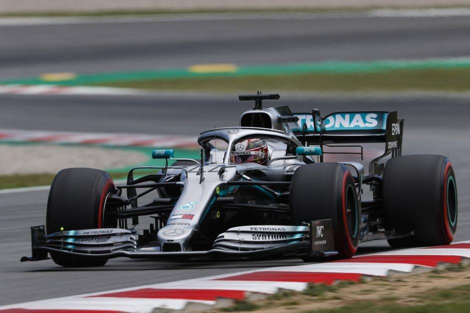 """Mercedes: Renault byl """"stávkokaz"""" ohledně testů pneumatik"""