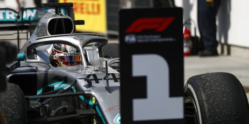 Hamilton: Udělal bych to stejně jako Vettel