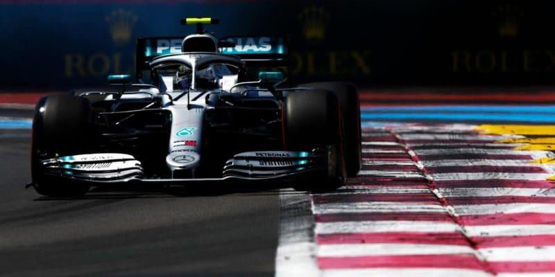 Mercedes seobává vysokých teplot vRakousku