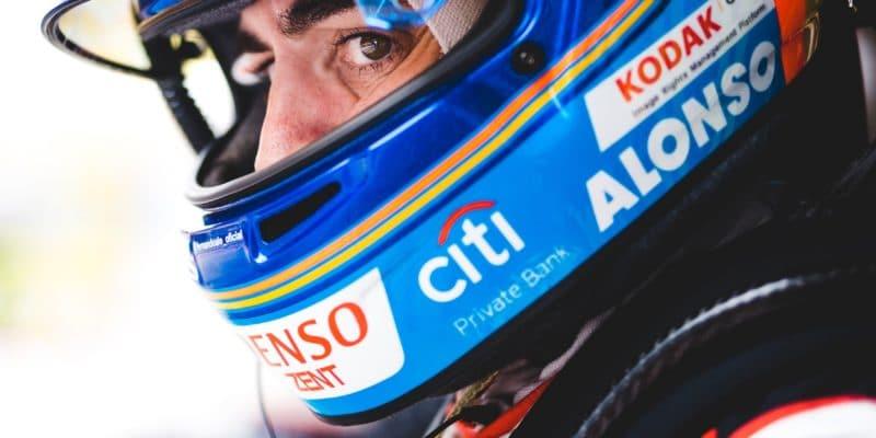 Alonso nechce nic víc, než další titul, říká Symonds
