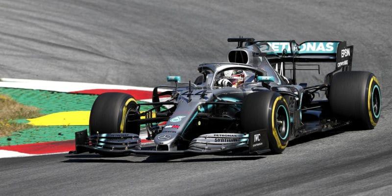 Mercedes se v Rakousku trápil kvůli vrozenému problému