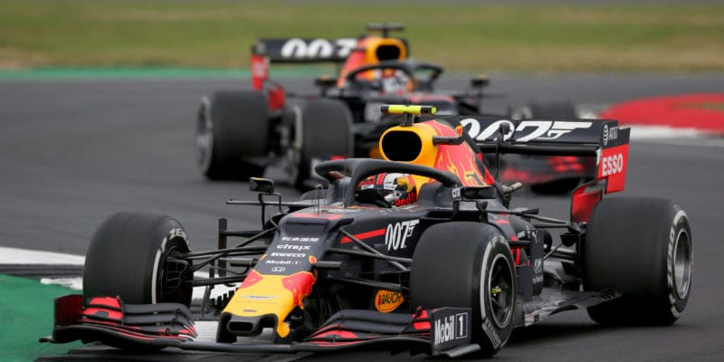 Red Bull našel předstartem praskliny nakřídlech