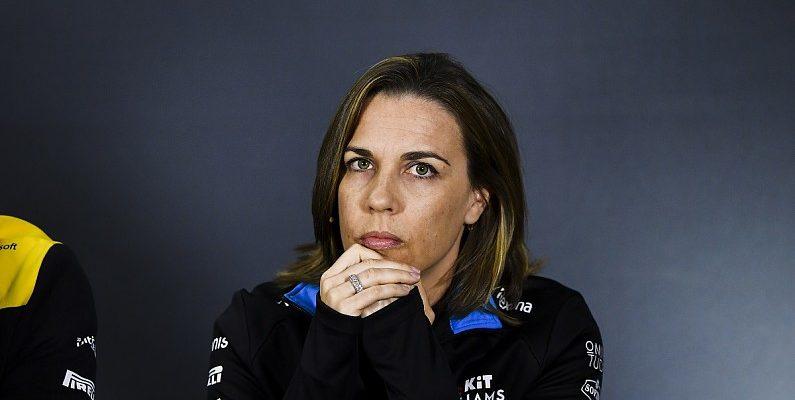 Williams testuje se třetím motorem Mercedes