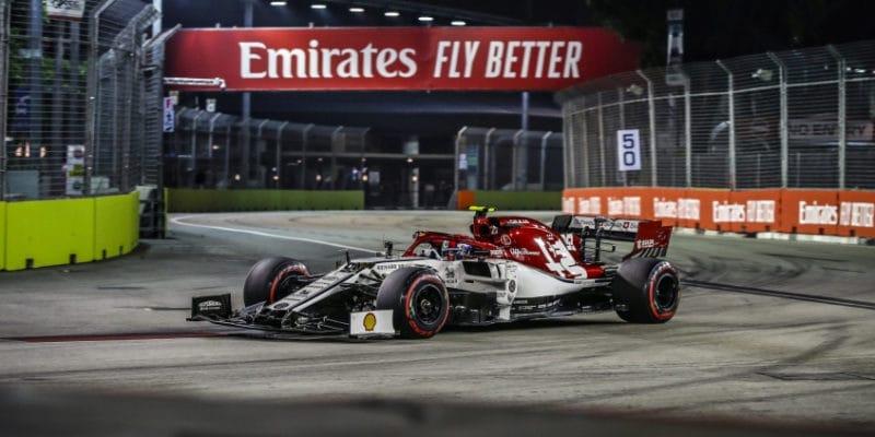 Giovinazzi obdržel po závodě penalizaci