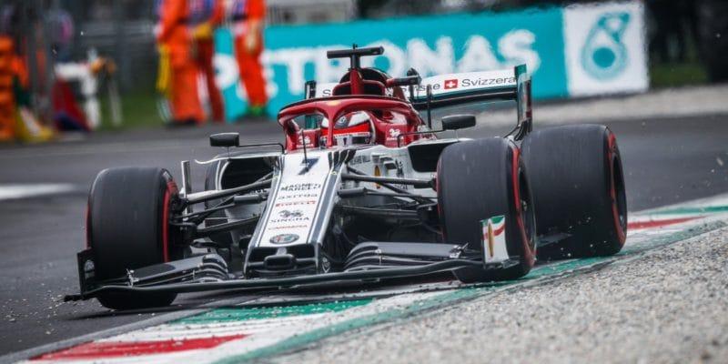 Räikkönen poklesne naštarte opäť miest