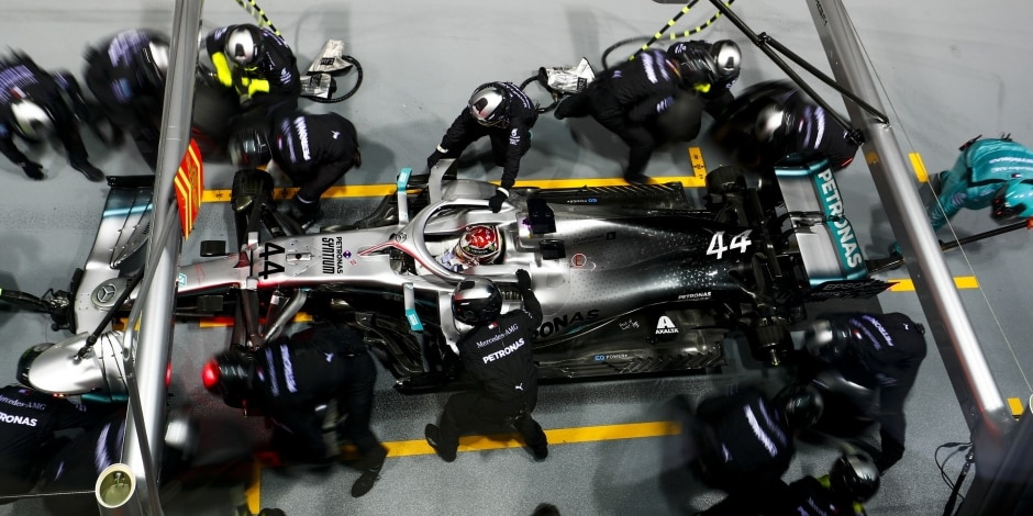 Mercedes vysvětlil špatnou strategii ze Singapuru