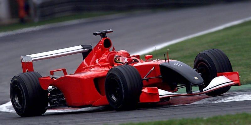 F1 po 11. září: V Monze startovalo červenočerné Ferrari