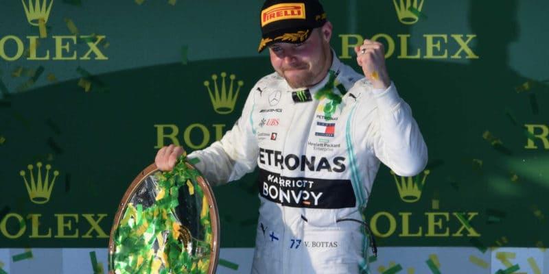 Bottas se obviňuje, že mu šance na titul uklouzla pryč