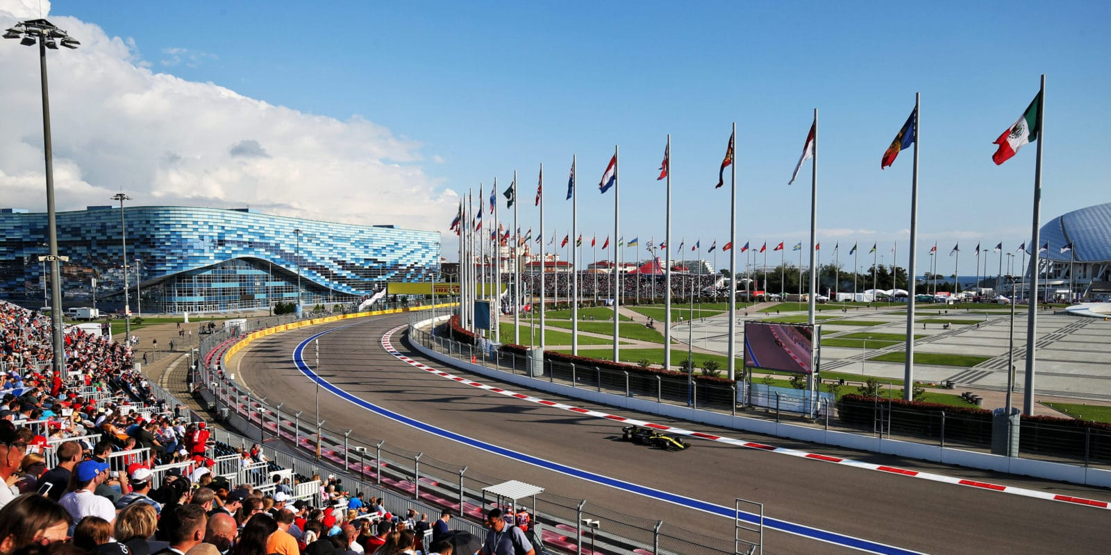 FIA schválila kalendář F1 pro rok 2020