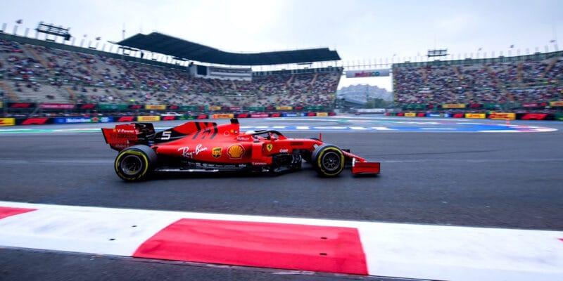 Ve druhém tréninku byl první Vettel, Albon havaroval