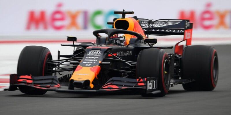 Kvalifikaci v Mexiku ovládl Verstappen, Bottas havaroval