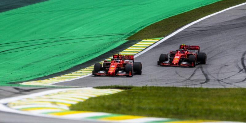 Piloti Ferrari musí nakobereček předkomisaře