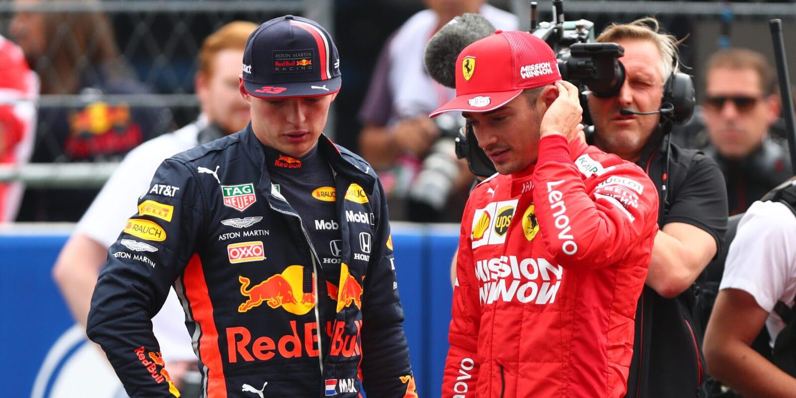 Leclerc se ohradil proti Verstappenovi, který se obul do Ferrari