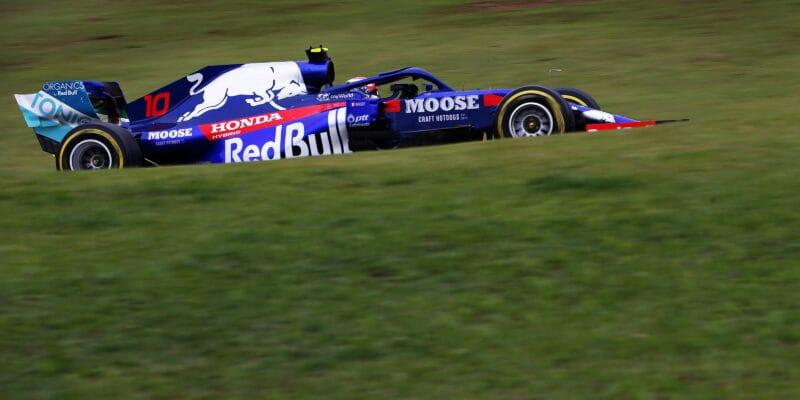 Čekali jsme to, komentují jezdci Toro Rosso shořelé motory