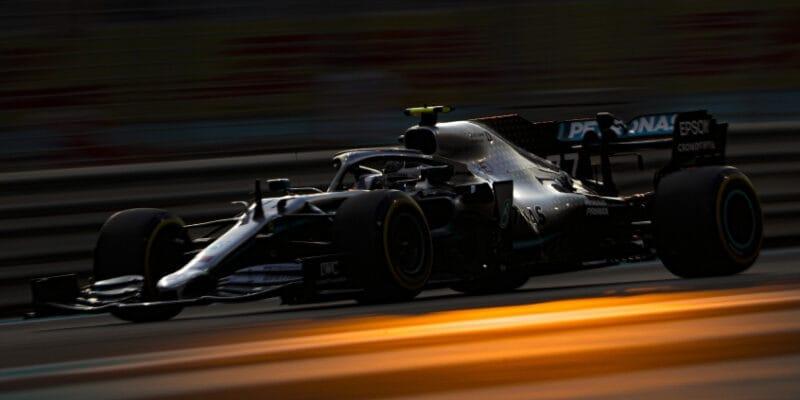 Mercedes musel u Bottase měnit motor