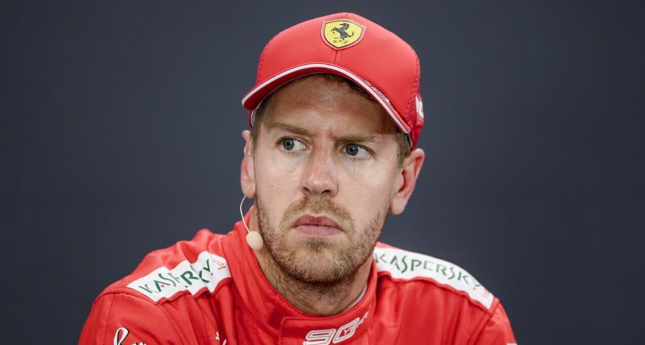 Vettel do Abú Zabí dorazí později, narodil se mu syn