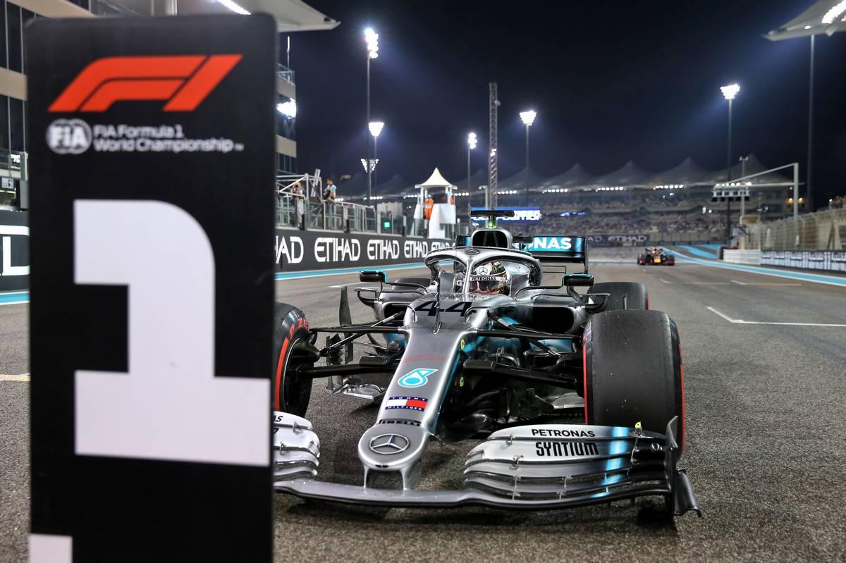 Jako bych získal první pole position, raduje se Hamilton