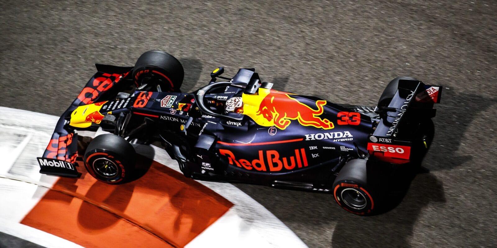 Poslední tréninková jízda sezóny patřila Verstappenovi
