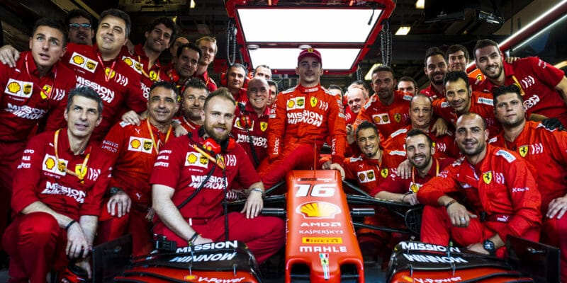 Leclerc testoval 18palcové pneumatiky
