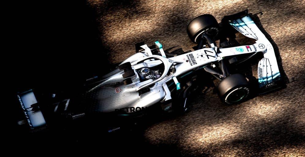 První testovací den: Bottas nejrychlejší, Ocon zpět v F1