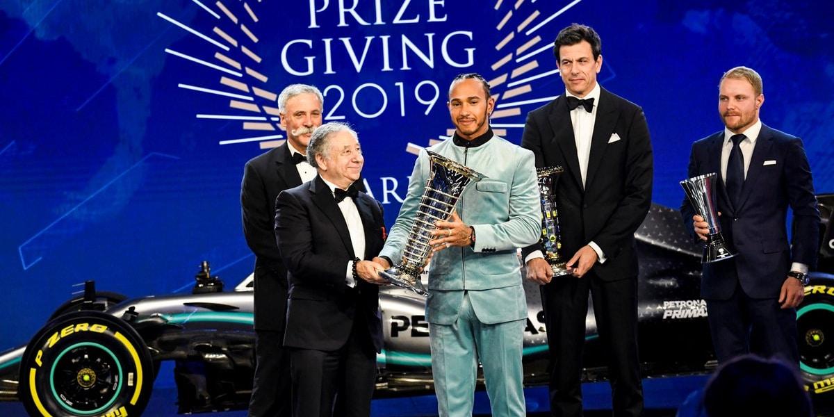 Formule E je výkonnostně desítky let za F1, říká Todt