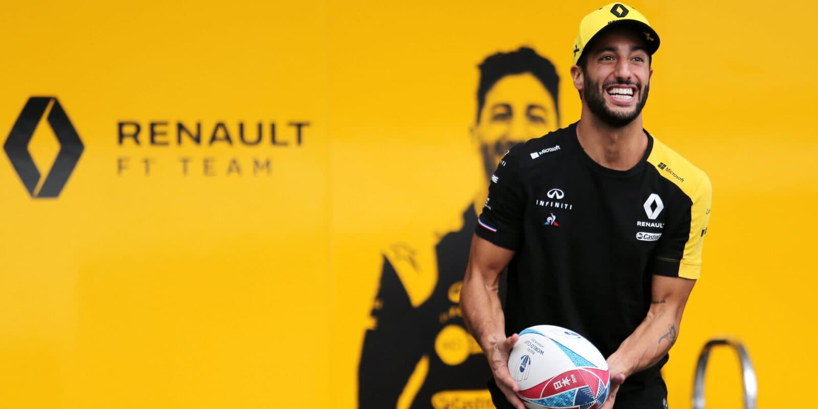 Ricciardo chce letos lepší rozjezd. Plánuje team building