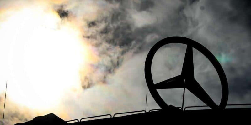 Konec Mercedesu v F1? Daimler svolává schůzi