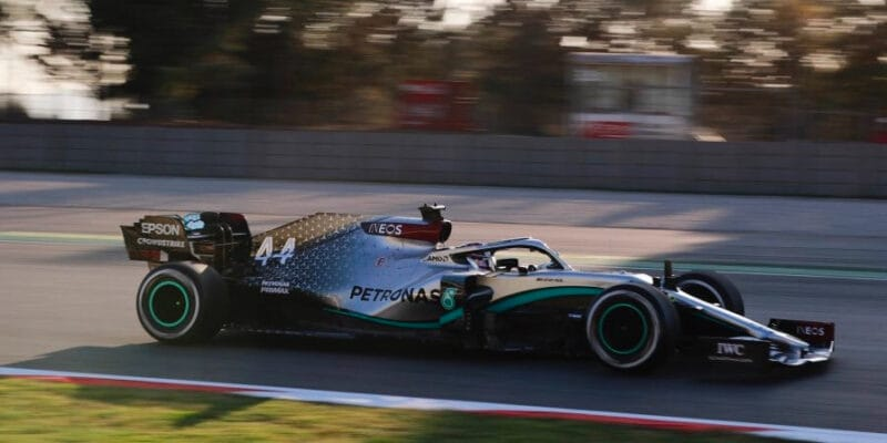 Testy 2020 zahájeny, nejrychlejší Mercedes