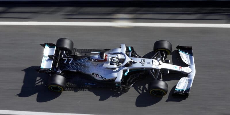 Na závěr nejrychlejší Bottas těsně před Verstappenem a Ricciardem