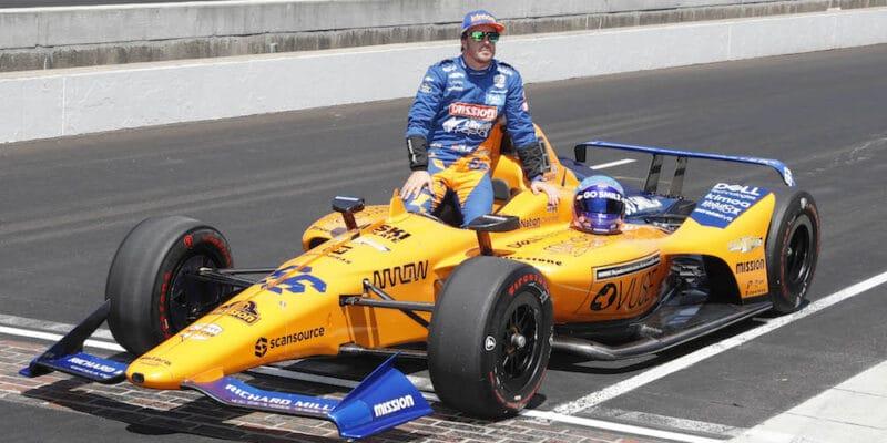 Do třetice všeho dobrého? Alonso míří do Indy 500